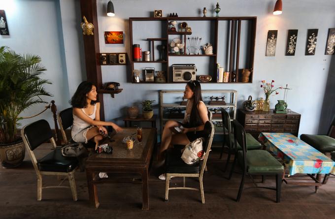 Quán cà phê phong cách biệt động Sài Gòn