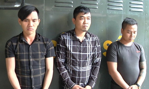 Cảnh sát truy bắt nhóm thanh niên đánh người trong quán ăn