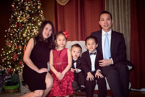 Katherine Trần có bố mẹ đều là người Việt. Cô bé có hai em trai 5 tuổi và 2 tuổi. Ảnh:Nhân vật cung cấp