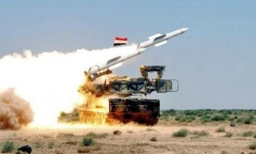 Syria bắn hạ tên lửa tấn công sân bay quân sự