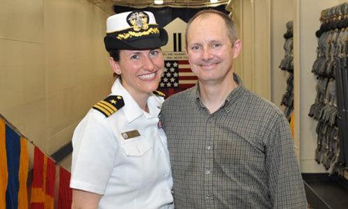 Mỹ có nữ hạm trưởng đầu tiên trên tàu chiến đấu ven biển