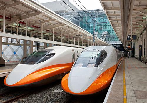 Tàu cao tốc vận chuyển hành khách ở Đài Loan. Ảnh: Xuân Hoa.