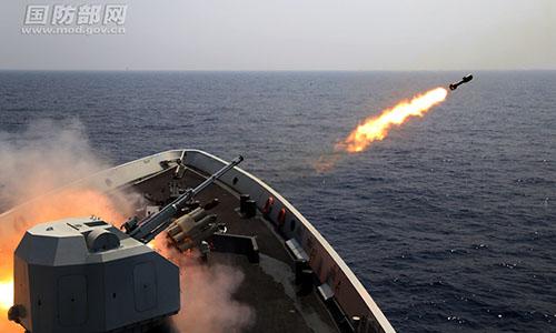 Trung Quốc diễn tập bắn đạn thật ở Biển Đông hồi tháng 5/2017. Ảnh: Huanqiu.