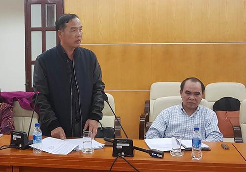 Từ trái qua: Ông Lê Nam Trà và ông Cao Duy Hải tại buổi công bố toàn văn kết luận thanh tra ngày 23/3. Ảnh: PV
