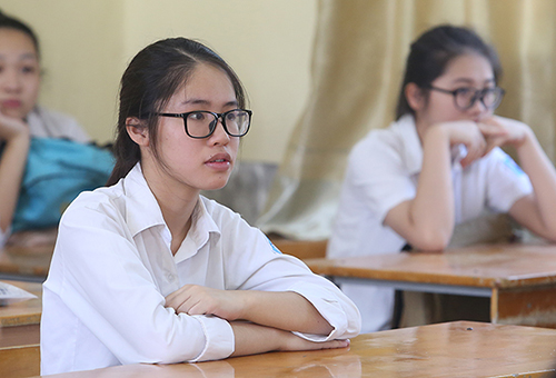 Học sinh tham gia kỳ thi vào lớp 10 THPT của Hà Nội. Ảnh: Ngọc Thành.