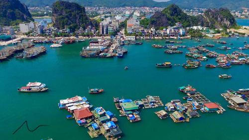 Vân Đồn là một trong ba khu vực được chọn để xây dựng đặc khu kinh tế. Ảnh: Minh Cương.