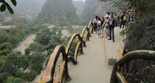Công trình khủng xâm phạm vùng lõi di sản Tràng An. Ảnh:Lam Sơn