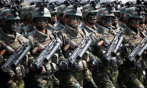 Đặc nhiệm Triều Tiên trong lễ duyệt binh ngày 15/4/2017. Ảnh: KCNA.