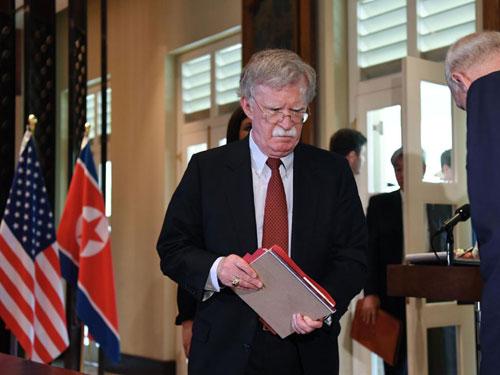 Cố vấn An ninh Quốc gia Mỹ John Bolton tại cuộc gặp thượng đỉnh Mỹ - Triều. Ảnh: AFP.