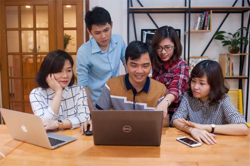 Khi quyết định học vượt, sinh viên cần tìm hiểu tổng thể chương trình học.
