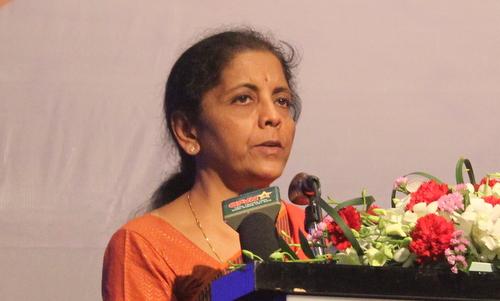 Bộ trưởng Sitharaman phát biểu tại buổi gặp gỡ. Ảnh: Vũ Anh.