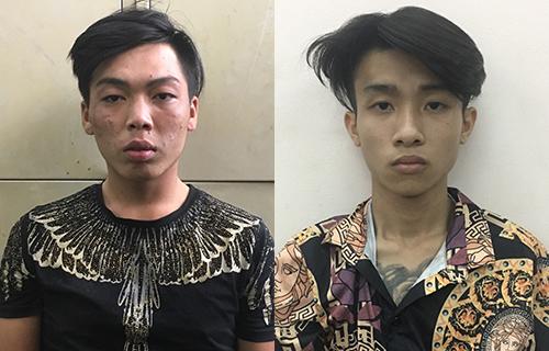 Hai tên cướp tài sản của nữ du khách ở phố Tây Sài Gòn - ảnh 1