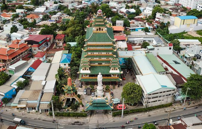Ngôi chùa có chánh điện cao nhất Việt Nam ở Sài Gòn