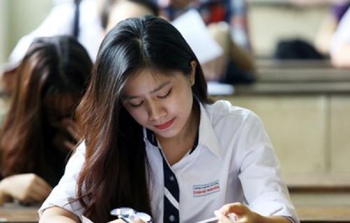Thí sinh dự thi THPT quốc gia năm 2016. Ảnh: Nguyễn Đông.