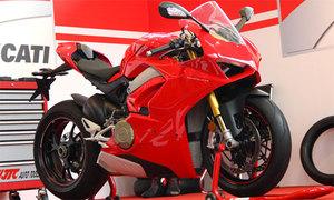 Siêu môtô Ducati Panigale V4 S giá gần một tỷ đồng tại Việt Nam