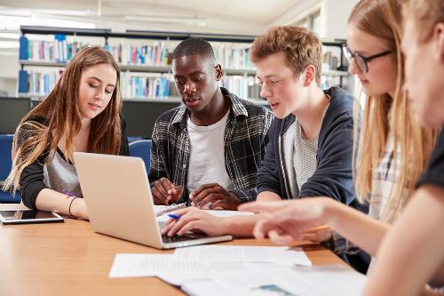 Triển lãm Du học Mỹ, Canada , Australia và New Zealand trong mùa hè - 1