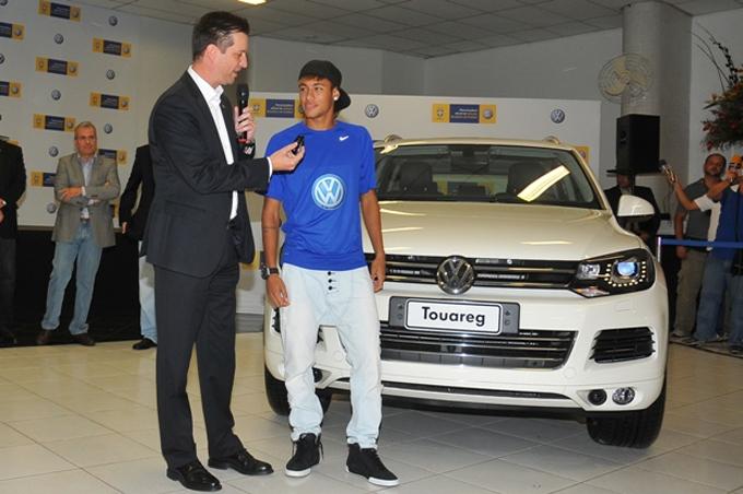 Thú chơi xe - Bộ sưu tập xe trị giá 1,3 triệu USD của Neymar (Hình 7).