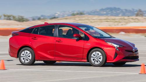 CR tự mua từ xe bình dân tới xe sang để thử nghiệm, đánh giá và tư vấn cho người tiêu dùng Mỹ. Ảnh: Consumer Reports.