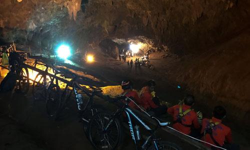 Thái Lan: Tìm kiếm đội bóng đá thiếu niên mất tích trong hang động ngập lụt 2