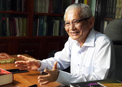 Giáo sư Phan Huy Lê đặt nền móng xây dựng ngành Đông Phương học ở Việt Nam. Ảnh: Xuân Hoa