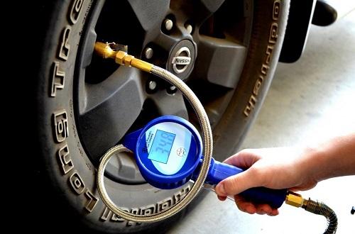 Đánh giá xe - Những mối nguy tiềm tàng khi lái xe lốp non hơi (Hình 3).