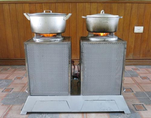 Bếp được thiết kế công suất lớn hơn dùng cho các nhà hàng. Ảnh: PN.