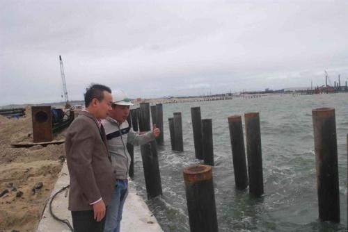 Chuyên gia khảo sát thực địa khu vực phát hiện tàu cổ đắm tại vùng biển Dung Quất. Ảnh: Bảo tàng lịch sử quốc gia.