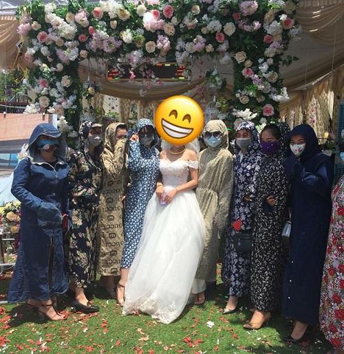 Khi hội chị em ninja đi đám cưới.