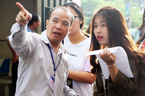 Thí sinh dự thi kỳ thi năng lực của Đại học Quốc gia TP HCM. Ảnh: Mạnh Tùng.