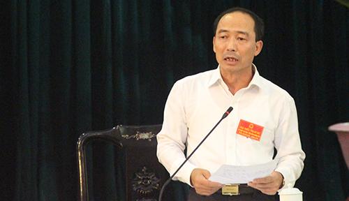 Giám đốc Sở Công thương Thanh Hoá - Lê Tiến Lam trả lời chất vấn HĐND. Ảnh: Lê Hoàng.