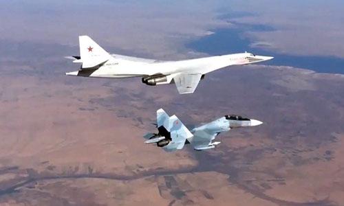 Máy bay của lực lượng không quân Nga tấn công các mục tiêu của IS tại Syria. Ảnh: Bộ Quốc phòng Nga.