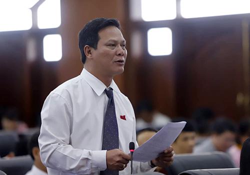 Đà Nẵng hỗ trợ 200 triệu đồng cho lãnh đạo thôi việc - ảnh 1
