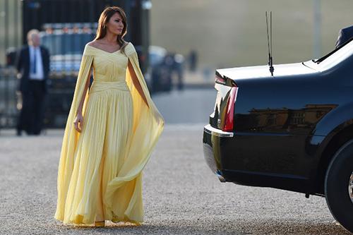 Melania Trump được ví như công chúa khi diện váy 7.000 USD - ảnh 2