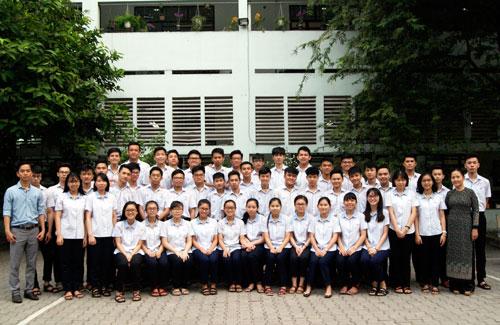 Lớp học ở Sài Gòn có 10 thí sinh hơn 25 điểm khối B - ảnh 2