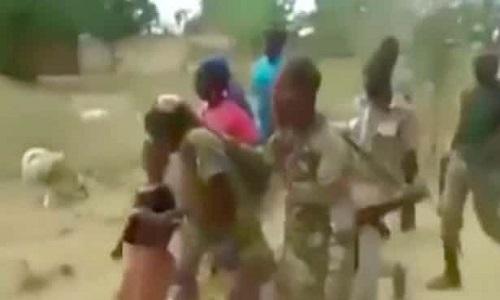 Quân đội Cameroon bị tố cáo tàn sát phụ nữ và trẻ em - ảnh 1