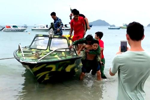 9 người rơi xuống biển khi tàu cá chìm trên biển Côn Đảo - ảnh 2