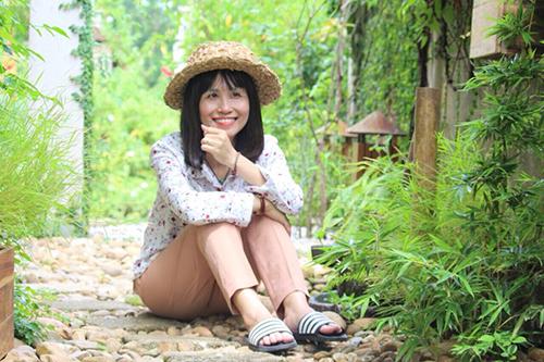 Đối diện với bệnh ung thư phổi nhưng chị Hương vẫn đầy lạc quan.Ảnh:NVCC