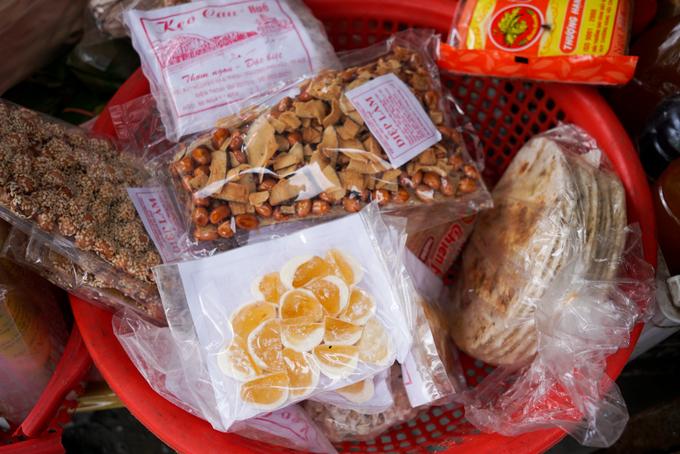 Khu chợ Sài Gòn chỉ bán đặc sản xứ Huế