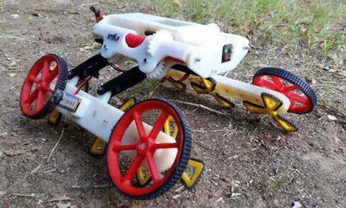 robot-tu-thay-doi-hinh-dang-de-vuot-nhieu-dia-hinh