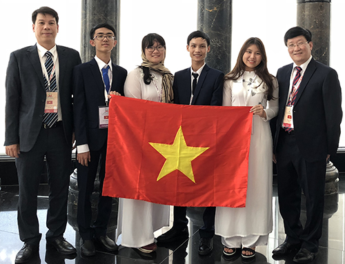 Đoàn Olympic Sinh học quốc tế 2018 của Việt Nam.
