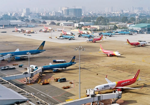 Cục Hàng không đề nghị giữ nguyên giá trần vé máy bay