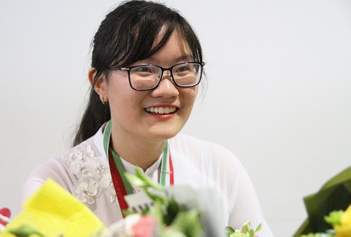 Nguyễn Phương Thảo đã đổi màu huy chương thành công. Ảnh: Thùy Linh