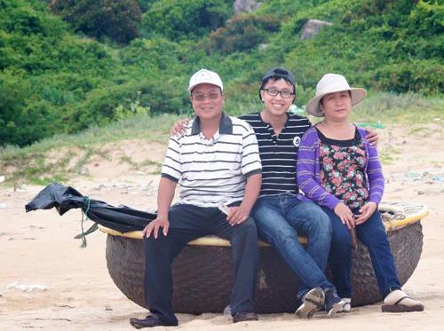 Lưu Quang Nhiên tìm thấy đam mê tại trường công nghệ thông tin trực tuyến.