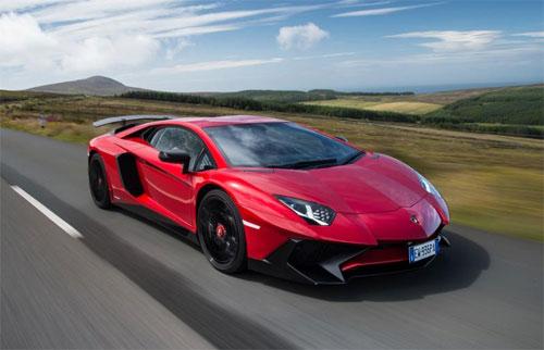 Có 8 xe Aventador SV thuộc diện triệu hồi mới nhất của Lamborghini.
