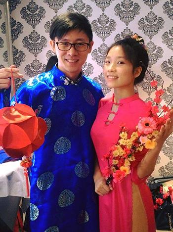 Thu Hằng và chồng John Li. Ảnh: Facebook