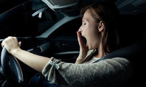Sau vô lăng - Những hiểm họa khôn lường khi lái xe ban đêm tại Việt Nam (Hình 5).