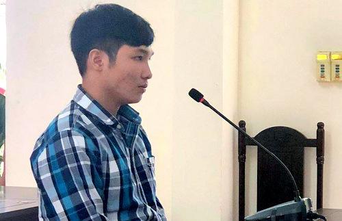 Bị cáo Dương Đức Trí tại tòa. Ảnh: Trang Trang