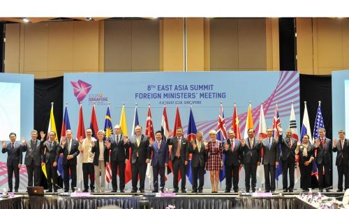 Ngoại trưởng ASEAN và các đối tác họp Cấo cao Đông Á hôm nay tại Singapore. Ảnh: Bộ Ngoại giao Việt Nam.