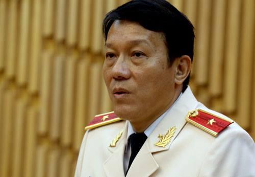 Tại cuộc gặp báo giới vào chiều 7/8, thiếu tướng Lương Quang Tam cho hay Cục chống buôn lậu sẽ sáp nhập với Cục cảnh sát phòng chống tội phạm tham nhũng. Ảnh: Bá Đô