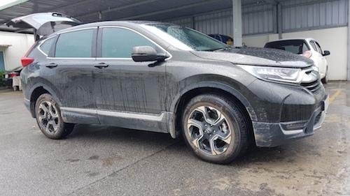 Nhiều người dùng CR-V 2018 cho biết xe gặp hiện tượng gỉ ở vị trí tương tự sau thời gian ngắn sử dụng.
